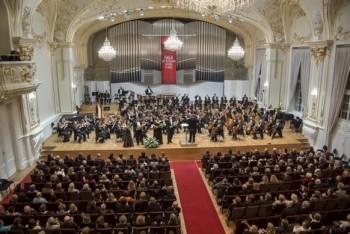 Předčasný Silvestr ve Slovenské filharmonii