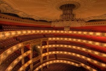 Dalibor Jenis nečekaně zamířil do Mnichova. Zpívá premiéru Donizettiho Lucie s Damrau a Breslikem