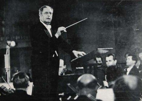 Václav Talich a Česká filharmonie (foto archiv)