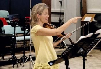 Glosa: Královna houslí v Praze