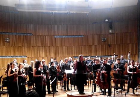 Glosa: Dvořák rozzářil orchestr Pražské konzervatoře