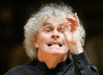 Pečuje o orchestr tak jako Angličan o svou zahrádku. Co přinese jeho návrat z Berlína?