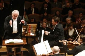SOČR: Brahmsův Druhý klavírní koncert a Dvořákova Sedmá