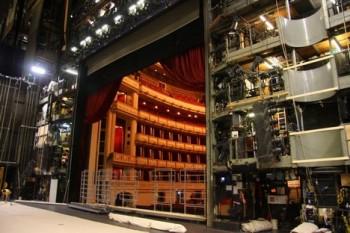 Vídeňská státní opera zveřejnila program nové sezony. Hrůša chystá premiéru Janáčkovy Makropulos