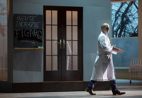 Dvakrát Theater an der Wien: Mozartova Figarova svatba a Hasseho Siroe