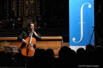 Britten, Berio a Bach. Violoncellista Duflot a jeho tři B