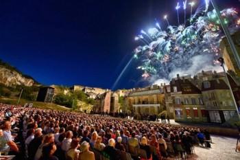 Orchestr Státní opery jede do St. Margarethen, Tosku s dirigentem Güttlerem zkoušel už teď v Praze