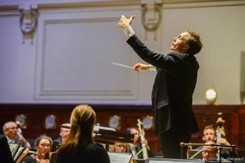 Pražské jaro a Liverpoolská filharmonie, večer první: temperamentní Petrenko představil nevšední repertoár