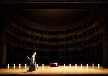 Do Vídeňské státní opery dorazila Bouře Thomase Adèse