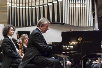 Slovenská filharmonie uzavřela sezonu Sibeliem, Griegem a Sukem