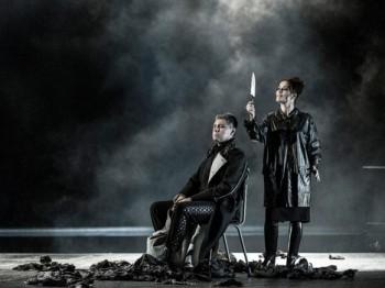Verdiho Macbeth v pražské Státní opeře