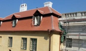 Ve Valticích skončila stavební část obnovy barokního divadla