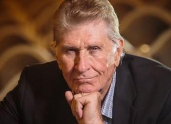 Do Stavovského divadla se po 34 letech vrací Sherill Milnes