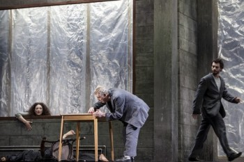Glosa: Operní obžerství?