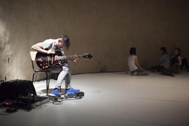 Let Me Die in My Footsteps – chor. Renan Martins de Oliveira - Studio ALTA Praha (foto Peter Snadík)