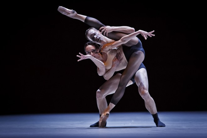 Ballettissimo - Reflections on the Fate of Human Forms - Kristýna Němečková, Viktor Konvalinka (foto Martin Divíšek)