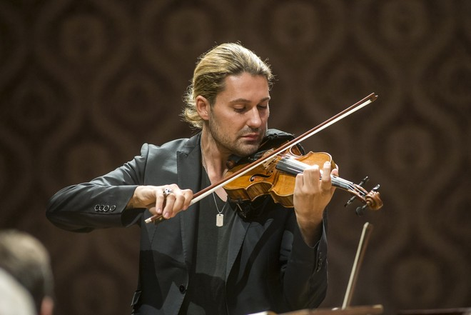Česká filharmonie - Jiří Bělohlávek & David Garrett (Dvořákova Praha 17.9.2015)(foto Petra Hajská)