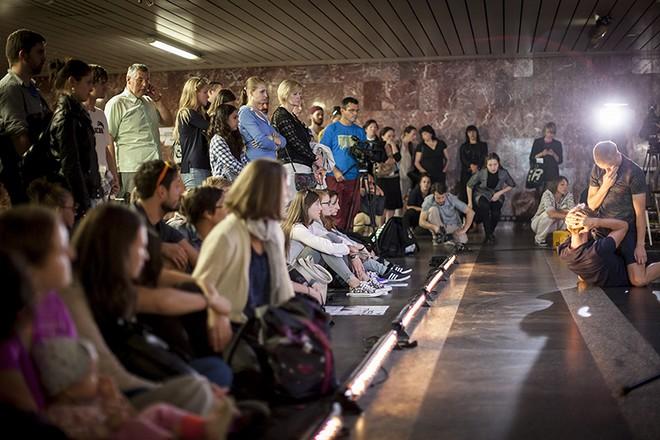 Nadar Rosano: Dogtown - stanice metra Florenc Praha 2015 (foto Vojtěch Brtnický)