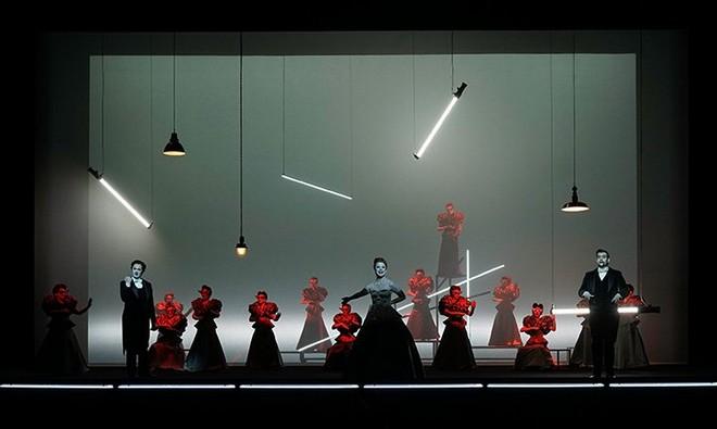 Giuseppe Verdi: La traviata – Musiktheater 2015 (foto Olaf Struck)