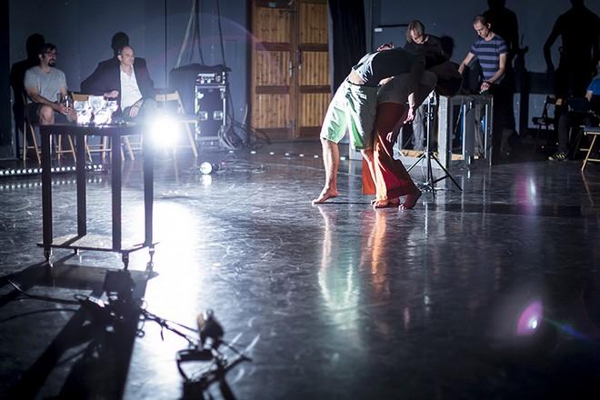 Improvizační večer IQ + CreWcollective (foto Vojta Brtnický)