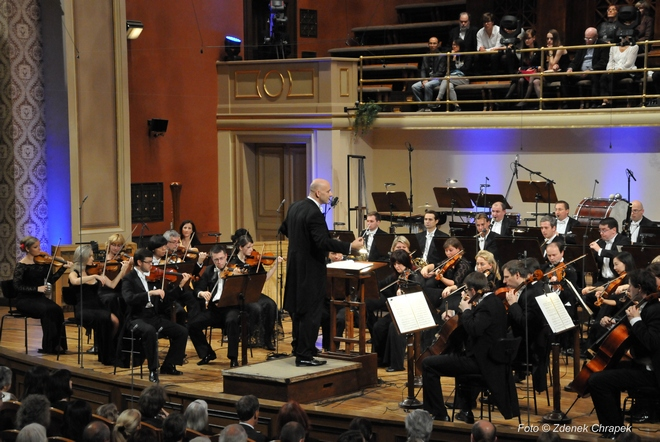 PKF-Prague Philharmonia - Emmanuel Villaume (foto Zdeněk Chrapek)