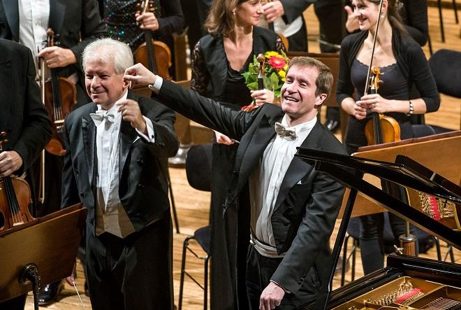 Nikolaj Luganskij - Jiří Bělohlávek - Česká filharmonie - Praha 2015 (foto ČF)