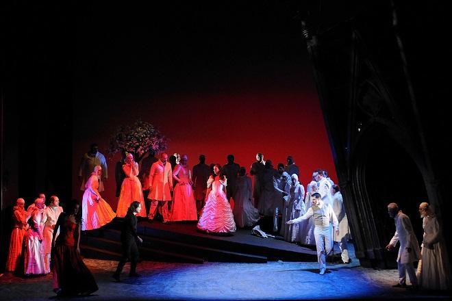 Puccini: Edgar - Paolo Lardizzone (Edgar), Lívia Obručník Vénosová (Fidelia), Jiří Brückler (Frank) - DJKT Plzeň (foto Pavel Křivánek)