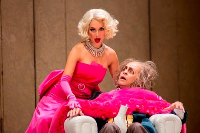 Gaetano Donizetti: Don Pasquale – Maria Mudryak (Norina) and Paolo Bordogna (Don Pasquale) – Teatro Donizetti Bergamo 2015 (foto © Fondazione Donizetti / Gianfranco Rota)