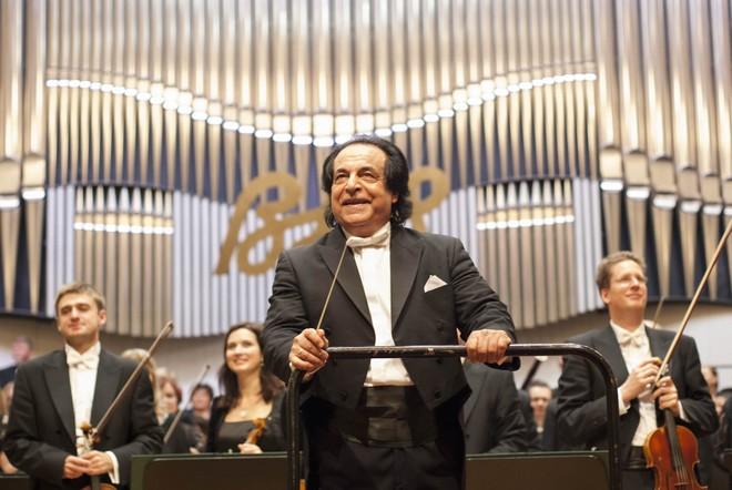 BHS 2015: Alexander Rahbari - Koncertná sieň Slovenskej filharmonie Bratislava 2015 (foto Alexander Trizuljak)
