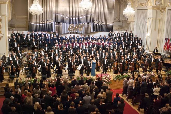 BHS 2015: I. Stavinsky: Vták ohnivák, C. Orff: Carmina Burana - Koncertná sieň Slovenskej filharmonie Bratislava 2015 (foto Alexander Trizuljak)