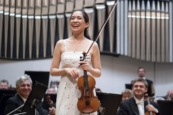 Slovenská filharmónia - Viviane Hagner - Bratislavské hudobné slávnosti 2015 (foto Alexander Trizuljak)