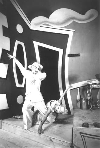 Bohuslav Martinů: Divadlo za branou - Ivo Váňa Psota, Mira Figarová - ND Brno 1936 (foto archiv ND Brno)