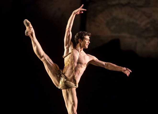 Excelsior - Pas de deux - Roberto Bolle - Bolle and Friends (foto Luciano Romano)
