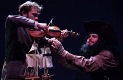 Pirát a lékárník v Alfredu ve dvoře