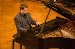 Hudebníci vs. literáti za klavírem