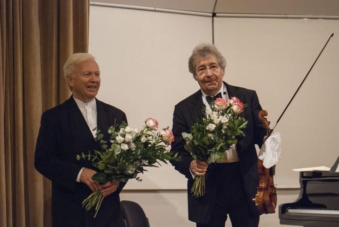 Bratislavské hudobné slávnosti 2015: Pierre Amoyal (husle), Pavel Gililov (klavír) - Malá sála Slovenskej filharmónie Bratislava 2015 (foto A. Trizuljak)