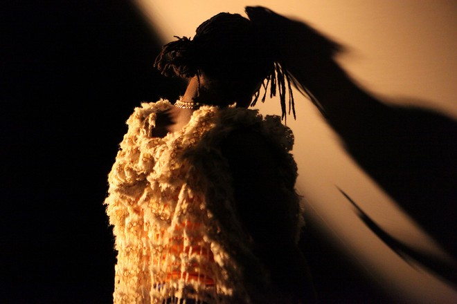 Samedi Détente ‒ Dorothée Munyaneza ‒ Compagnie Kadidi (foto 4+4 dny v pohybu)
