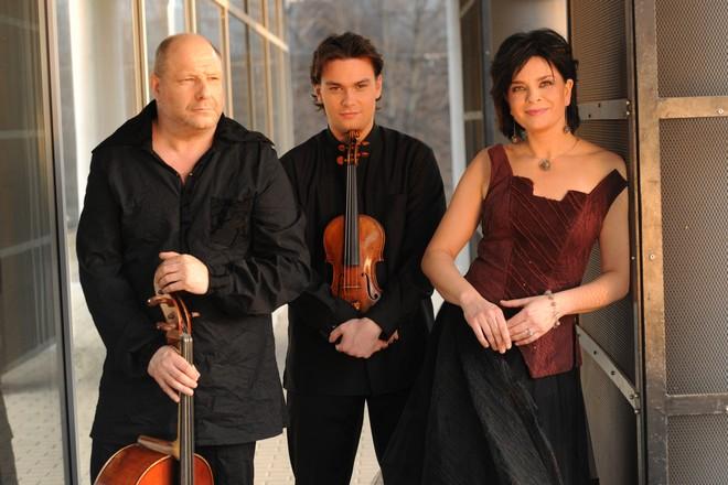 Smetanovo trio - Jitka Čechová (klavír), Jiří Vodička (housle) a Jan Páleníček (violoncello) (foto Smetanovo trio)