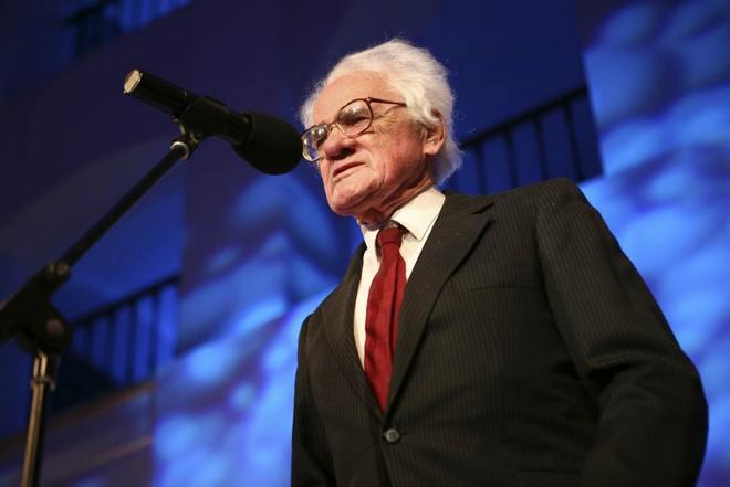 Zdeněk Šesták při přebírání Státní ceny ministerstva kultury 2008 (foto Petr Jedinák)