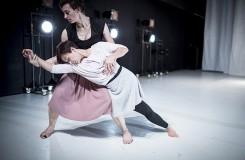Chybění - choreografie Jaro Viňarský - VerTeDance 2015 (foto Vojtěch Brtnický)