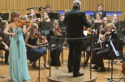 Orchestr Pražské konzervatoře s Lenárdem a Pavlovou
