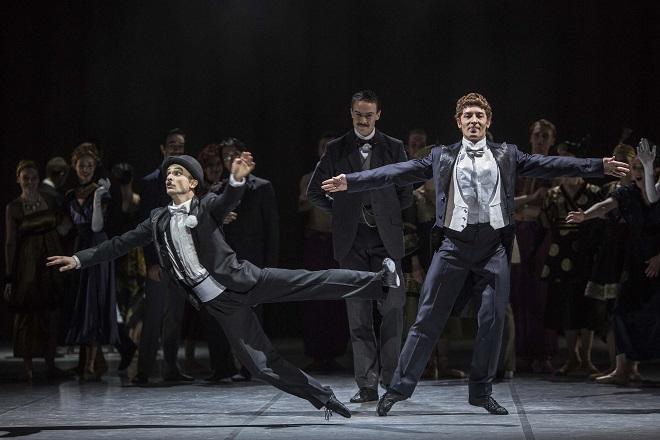Andrade: Nižinskij - Boh tanca - Juraj Žilinčár (Chaplin), Artemyj Pyzhov (Nižinskij) - SND 2015 (foto Peter Brenkus)