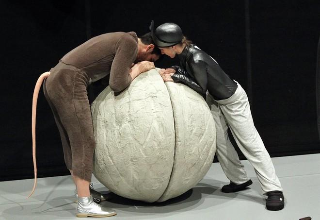 Petr Iljič Čajkovskij: Louskáček a Myšák Plyšák – jevištní zkouška (foto Hana Smejkalová)