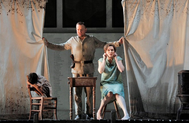 Alban Berg: Wozzeck - Lyric Opera of Chicago 2015 (foto Lyric Opera of Chicago/Cory Weaver)