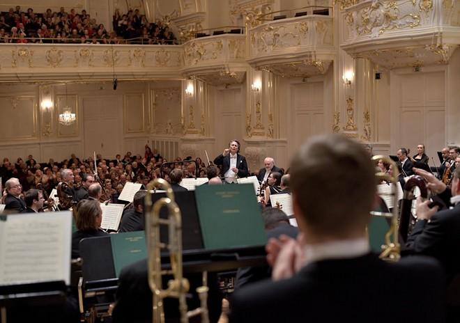 Hudba troch storočí: Beethoven, d'Albert, Debussy - Jun Märkl, Slovenská filharmónia - Koncertná sieň Slovenskej filharmónie Bratislava (foto © Jan Lukas/SF)