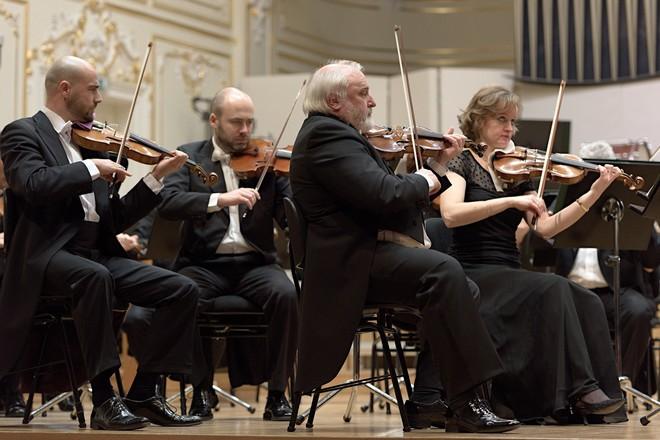 Hudba troch storočí: Beethoven, d'Albert, Debussy - Slovenská filharmónia - Koncertná sieň Slovenskej filharmónie Bratislava (foto © Jan Lukas/SF)