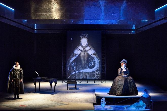 G. Donizetti: Roberto Devereux - NDM 2015 (foto Martin Popelář)