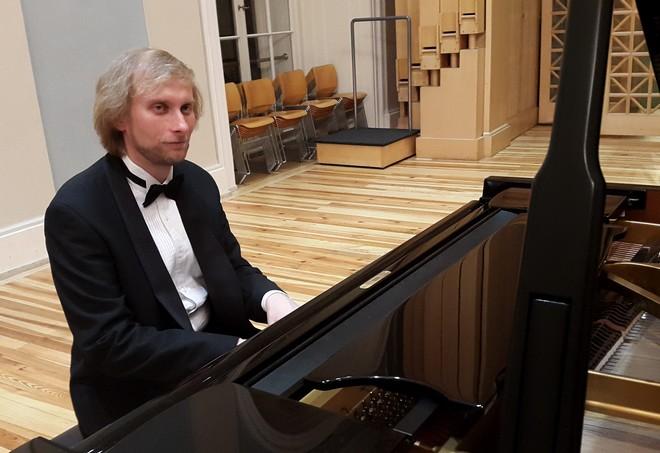 Martinské slavnosti klavíru 2015 - Ivo Kahánek – Sál Martinů HAMU Praha (foto Martinské slavnosti klavíru)