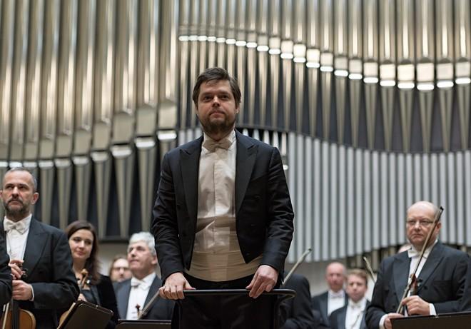 Slovenská filharmónia & Juraj Valčuha – Koncertná sieň SF Bratislava 2015 (foto Jan Lukas)