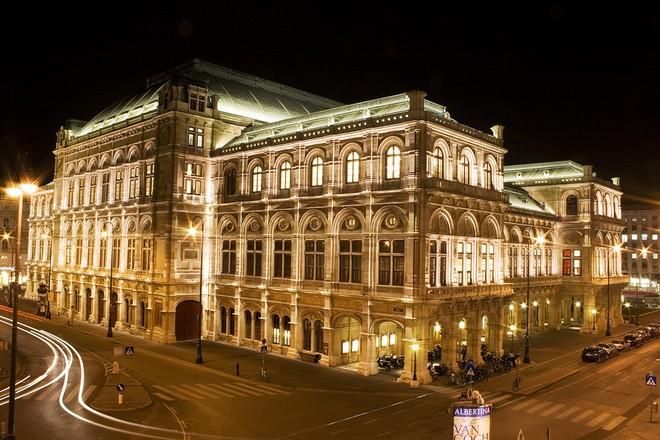 Wiener Staatsoper (zdroj www.deviantart.com)
